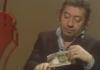 Gainsbourg brûle un billet de 500F en direct