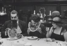 Les bonnes manières au restaurant : la pastèque