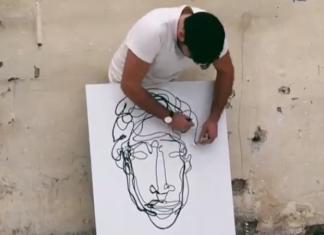 Martin Tardy dessine avec ses deux mains