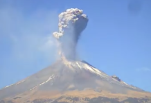 Eruption du volcan Popocatepetl