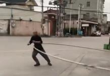 hula hoop gigantesque